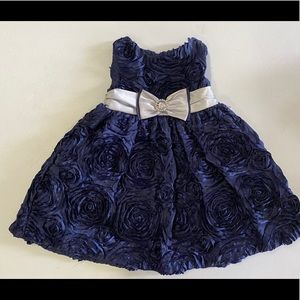 Cute little navy blue dress with flowers
